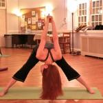 5 Basic Shoulder Stretches at Work